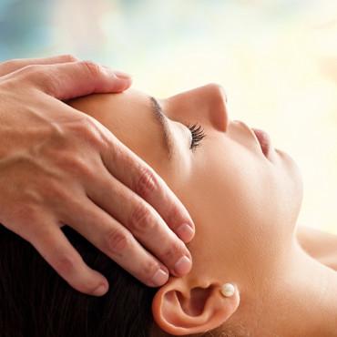 Soin-Massage du Visage Eclat « Rituel Fleurs de Bali® » (20min*)