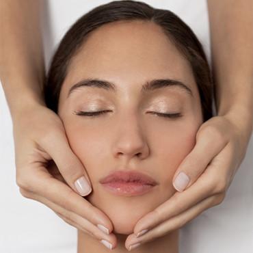Soin-Massage du Visage Jeunesse et Éclat Taoïste