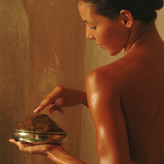 Purifying Scrub with Beldi Black Soap*